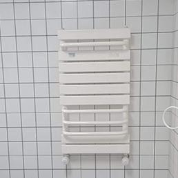 铜铝暖气品安装现场